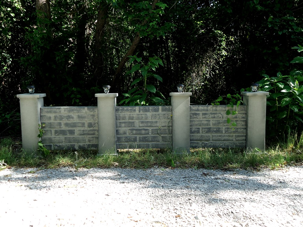 Stone Cemetery Columns : Haunted cemetery lighted stone walls deluxe set