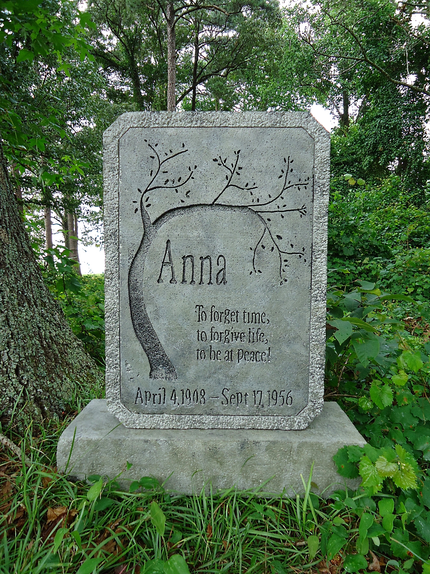 tree of life tombstone