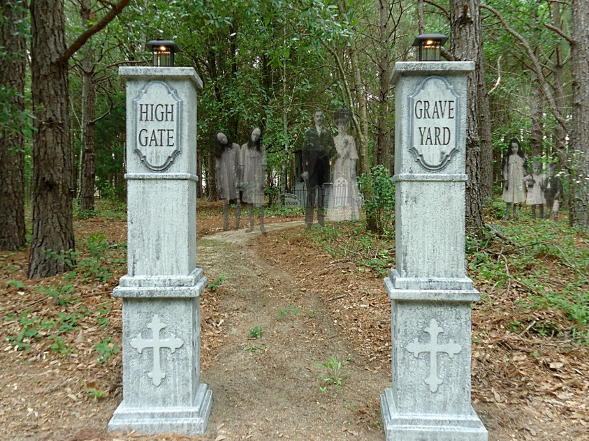 HighGateGraveYardCoumns1