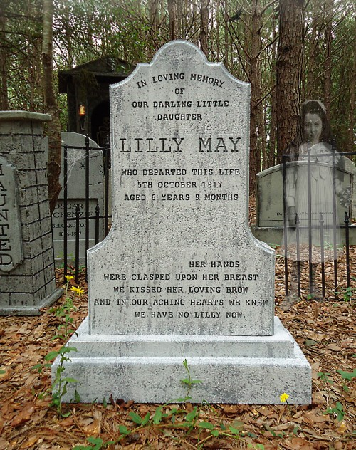 Lilly May Tombstone1web