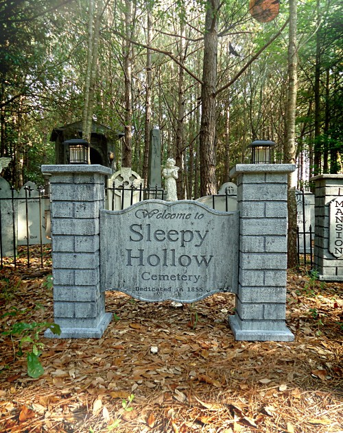 SleepyHollowCemeterySign2Web